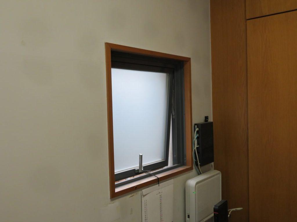 小林瓦工業株式会社では室内換気を行っております