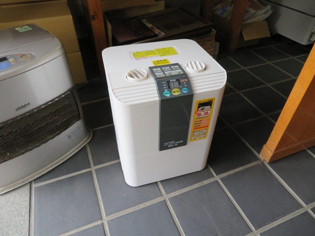 小林瓦工業株式会社では空気清浄機を設置しております